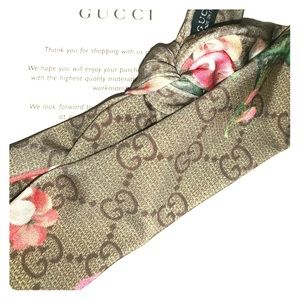 Gucci Bloom Floral Crepè